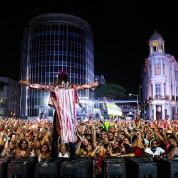 Artistas que participaram do Ciclo Carnavalesco de 2020 recebem cachê neste mês