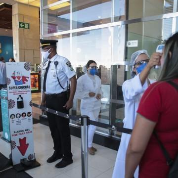 Pandemia deve provocar queda de 43% em vendas para namorados no país