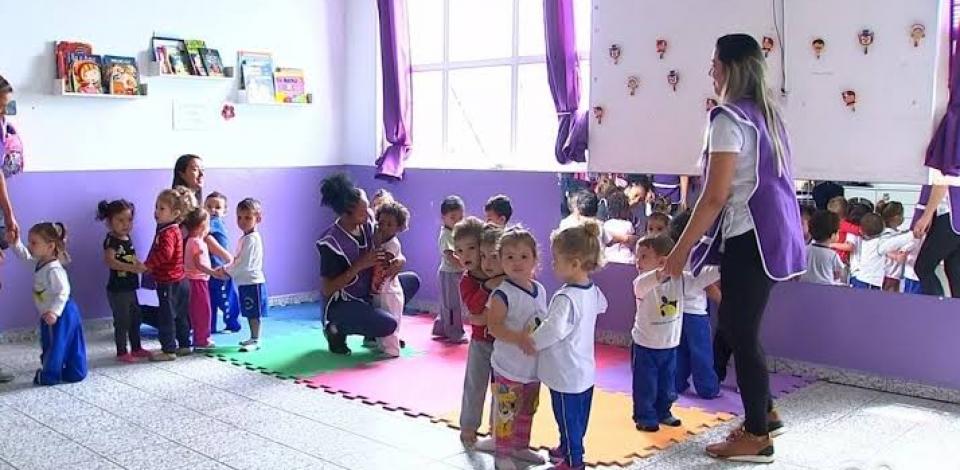 Educação continua cadastro para lista de espera das creches