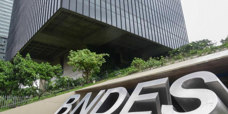 O banco detém atualmente cerca de 10% do total de ações ordinárias emitidas pela companhia