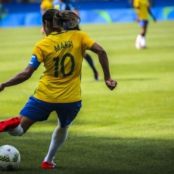 Esportes CBF retira candidatura brasileira para sediar Copa Feminina em 2023