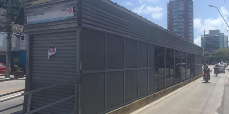O Grande Recife informou que a desativação foi avisada aos usuários por meio de cartazes fixados na própria estação