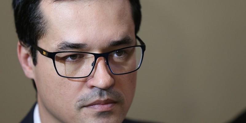Gilmar Mendes diz que procurador incentivou um colega a investigá-lo