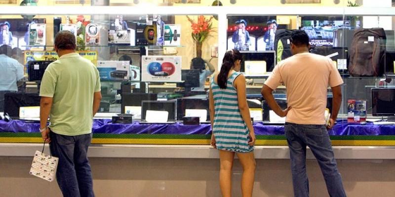 O Economista da Fecomércio comenta ainda sobre a expectativa do comércio para o final do ano