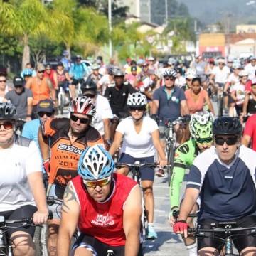 Passeio ciclístico comemora aniversário da Lei Seca em PE