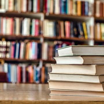 Jaboatão anuncia Bônus Livro para professores da rede municipal