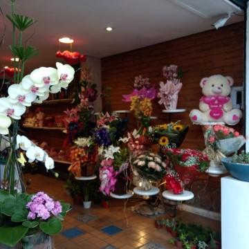 Operação Dia dos Namorados fiscaliza centros comerciais do estado