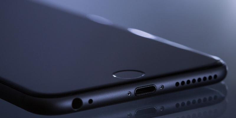 O novo modelo da linha Apple não terá carregador
