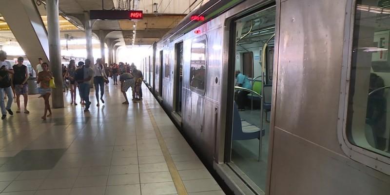 O fato ocorreu entre as estações Shopping e Tancredo Neves, na Zona Sul