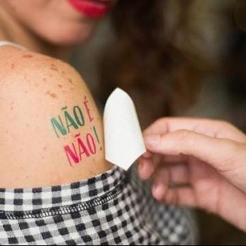 Quase metade das brasileiras já sofreu assédio ou importunação sexual em festas de Carnaval