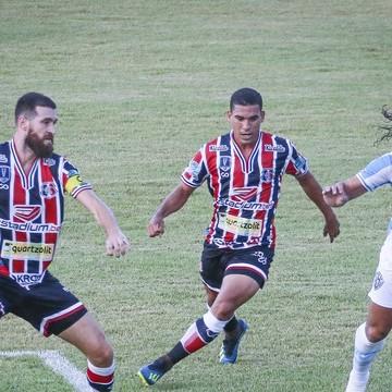 Santa Cruz empata com Paysandu na estreia da Série C
