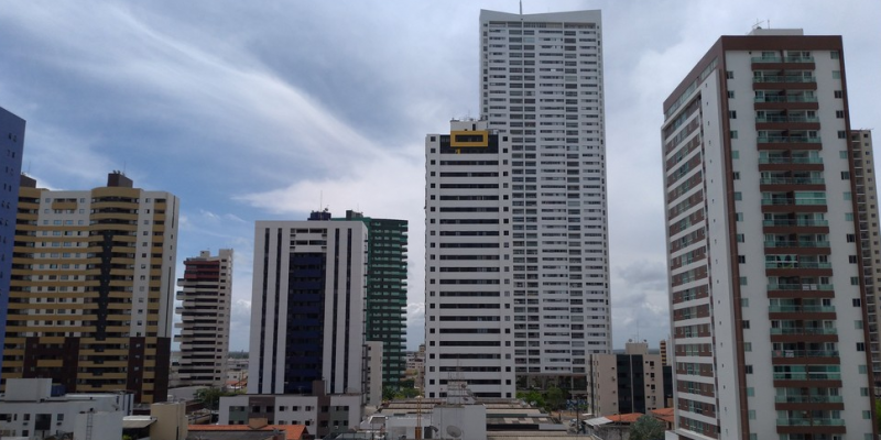 Após o decreto pela paralisação das obras do setor imobiliário em Pernambuco, somente as obras públicas continuam em atividade