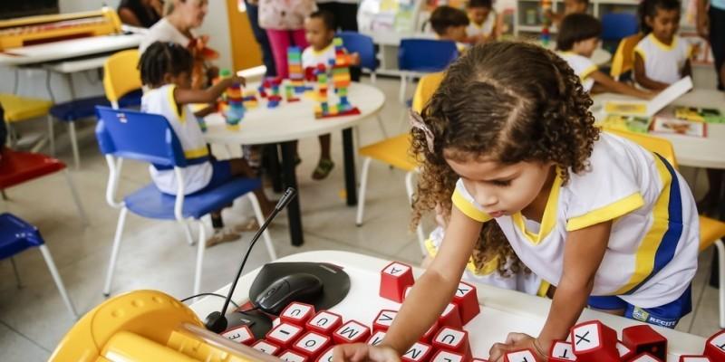 De acordo com o documento, faltam 186 mil vagas em creches e 71 mil em pré-escolas no estado