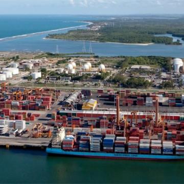 Porto de Suape bate recorde na movimentação de contêineres e impacta economia
