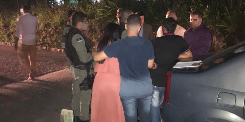 O fato registrado neste domingo (23) junto a Polícia Civil ocorreu na sexta (21) quando Savana cumpria agenda de campanha em São Lourenço da Mata