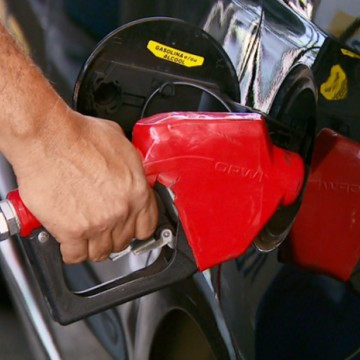 Governo mantém cobrança do ICMS da gasolina