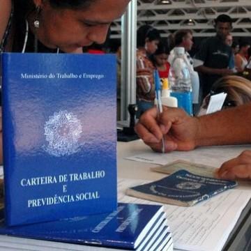 Indicador do mercado de trabalho registra queda em novembro, diz FGV
