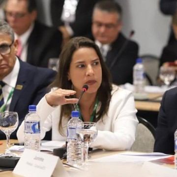 Prefeita de Caruaru é empossada como vice-presidente do g100 da Frente Nacional dos Prefeitos