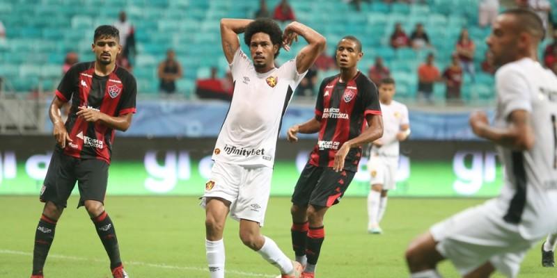 Time rubro-negro chegou a estar perdendo por 2x0, mas buscou um ponto importante em Salvador
