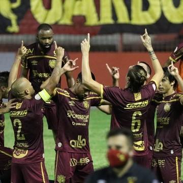 Com gol de pênalti Sport vence Corinthians na Ilha do Retiro