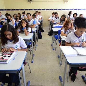 Alepe debate o retorno das aulas presenciais nas escolas da rede pública