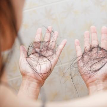 Queda de cabelo: entenda como tratar anova sequela da Covid-19