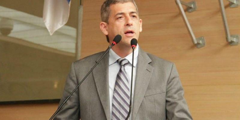 Tucano declarou que cumpriu sua missão na Câmara do Recife, após oito anos de mandato, e coloca cargo à disposição, para concorrer à PCR