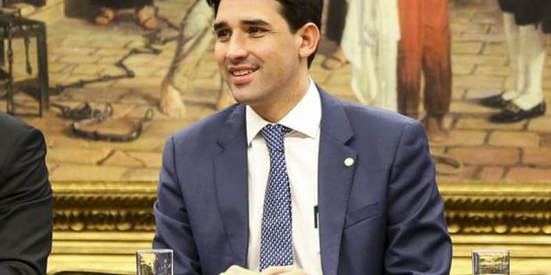 Deputado Sílvio Costa Filho declara-se convencido de que o governo já tem os votos necessários para aprovar a reforma da Previdência no plenário