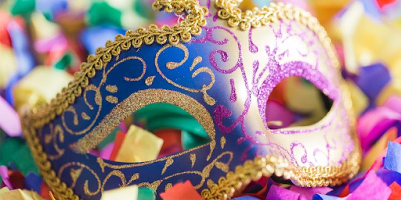 As festas carnavalescas chegaram ao Brasil por meio de Portugal, a partir do império, explica historiador