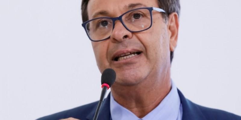 """""""A gente vê a pujança da economia de Caruaru, não só a formal como a informal"""", diz ministro do Turismo"""