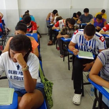 Estudantes realizarão terceira fase do vestibular seriado da UPE
