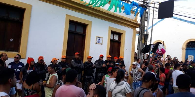 Oito foram encaminhados para a Delegacia de Polícia Civil do Varadouro e os outros foram liberados no posto de comando