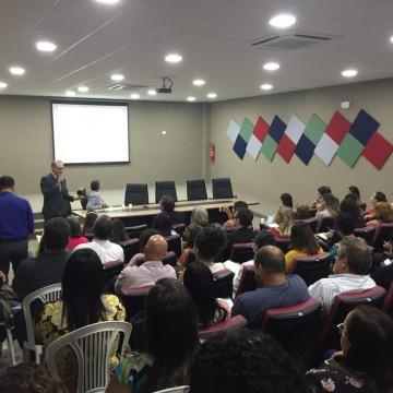 Simpósio no Recife discute sobre o aumento de doenças psíquicas no ambiente de trabalho