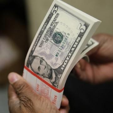 Aprovação da reforma da Previdência deve impactar na queda do dólar