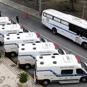 PE ganha reforço no sistema prisional com entrega de novos veículos