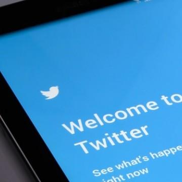 Twitter aplica medidas contra tuítes de políticos que violam suas regras