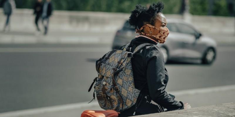 Estado segue a tendência mundial de mortalidade aumentada entre as pessoas negras, chegando a ser de 75% dos casos, conforme dados do boletim epidemiológico