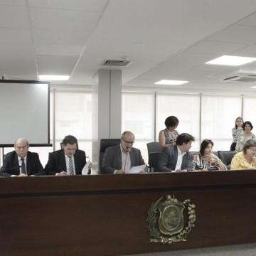 Estado se prepara para aderir ao Plano de Promoção do Equilíbrio Fiscal (PEF)