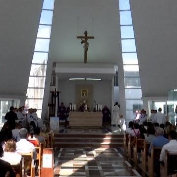 Igrejas e templos religiosos reabrem no Agreste nesta segunda-feira (13)