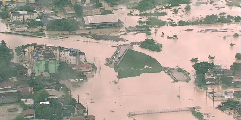 Subiu para 11 o número de óbitos em decorrência do temporal que atinge o Grande Recife e Zona da Mata de Pernambuco.