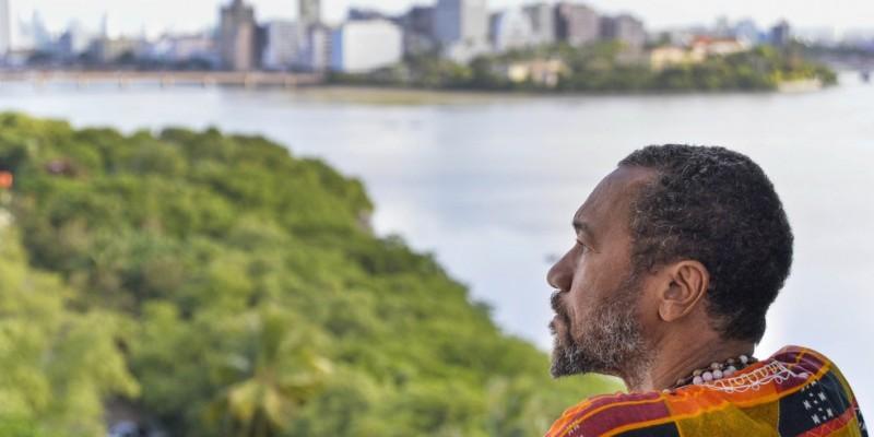 Artista é um dos autores cujas obras compõem o Museu da Língua Portuguesa, em São Paulo