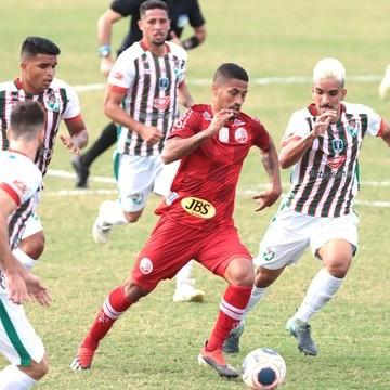 Náutico vence Salgueiro e garante vaga nas quarta de final do Estadual