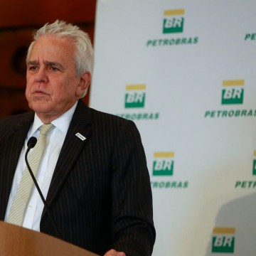 Demissão do presidente da Petrobras gera incertezas sobre as novas políticas administrativas da estatal