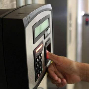 Banco de horas e situação trabalhista dos empregados com os novos horários de funcionamento
