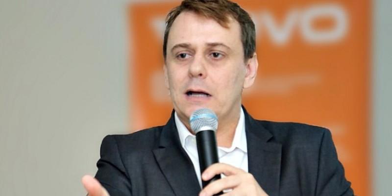 O prefeiturável não teria se desincompatibilizado do cargo de procurador do município no prazo exigido pela legislação eleitoral