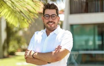 Jornalista Raphael Acioli morre de covid-19