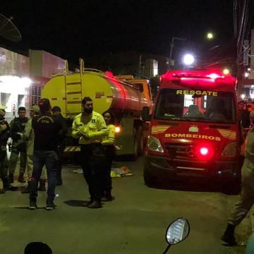 Meninos de 8 e 10 anos morrem após serem atropelados por caminhão em Toritama
