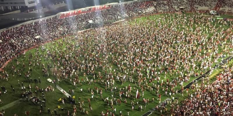O motivo alegado foi a invasão generalizada da torcida alvirrubra, após o jogo de acesso contra o Paysandu