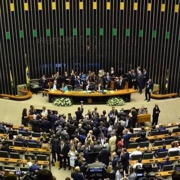 Bolsonaro envia ao Congresso projetos que alteram regras do Orçamento 2020