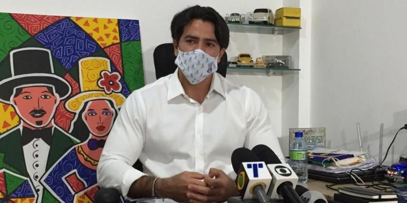 Em coletiva de imprensa concedida na Secretaria de Segurança Urbana de Olinda, Botelho revelou detalhes da ação criminosa